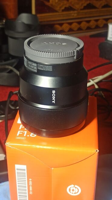 Электроника - Кадамжай: Sony 85 mm f1.8 продам новый обьектив . покупал для а6400 но обьектив