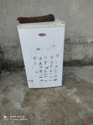 Другая бытовая техника в Ак-Джол: Продам не рабочий холодильник метровый цена 1500 уступлю