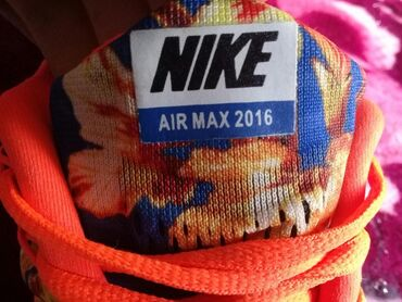 спортивне обувь в Кыргызстан: Женская обувь 42 размера оригинальные кроссовки nike air max + 2016