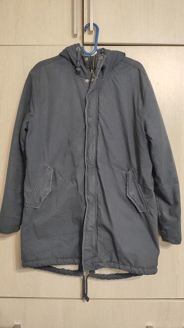 sumka firmy david jones в Кыргызстан: Куртка мужская Jack&Jones, б/у, размер XL (50-52).Подойдет на