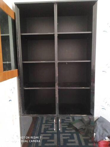 шкаф-бар в Кыргызстан: Продаю шкаф эшиктери бар айнек тагып коюш керек