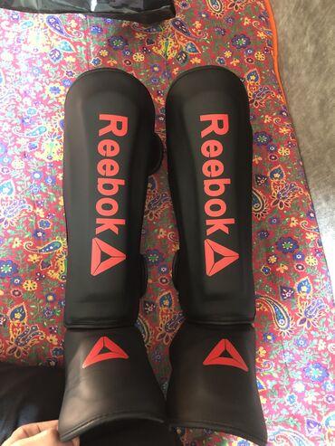 продам наковальню в Кыргызстан: Продаю футы Reebok!!!Новые,ни разу не одевал на тренировках!!!