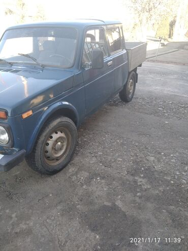 Телефон жалал абад - Кыргызстан: ВАЗ (ЛАДА) 4x4 Niva 1.6 л. 2000