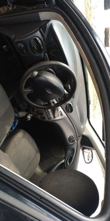 черный ford в Кыргызстан: Ford Focus 1.6 л. 2005   293654 км