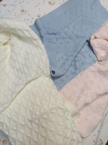 Вязаные одеяла, ТурцияВ наличии есть розовый и белые цвета.Цена: 720