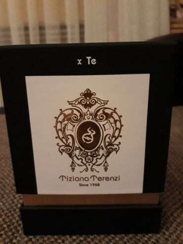 Carape sa prstima - Srbija: Original parfem, cuveni Kirke, prsnut samo par puta. 95ml
