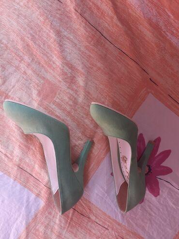 Cipele za dame nove lepe boje nezno zelene uzivo su mnogo lepse i boja