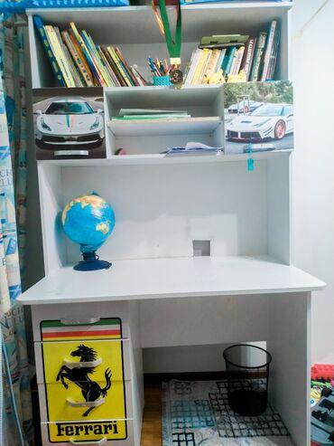 купить б у кухонный гарнитур in Кыргызстан | МЕБЕЛЬНЫЕ ГАРНИТУРЫ: Продается комплект кровать-машина Ferrary и парта для школьника