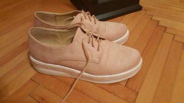 Nezno roze cipele br 41 ali je manji kalup - Pozarevac