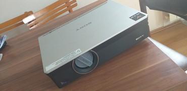 Projektori | Srbija: Dva projektora sa jednim platnom extra stanje