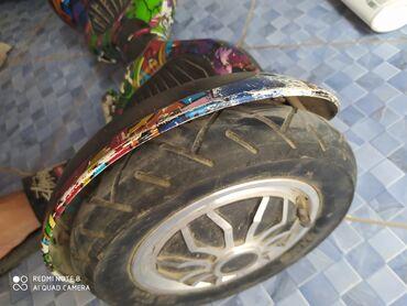 сколько стоят гироскутеры в Кыргызстан: Продаю 10 дюймовый гироскутер оригинал сост.100/70есть Все лампы горят
