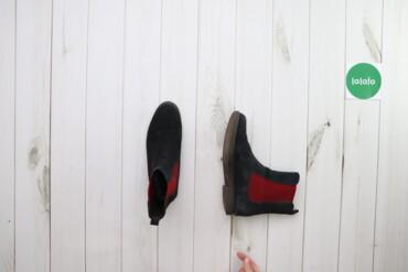 Жіночі напівчоботи    Довжина підошви: 26 см  Стан: гарний, є сліди но