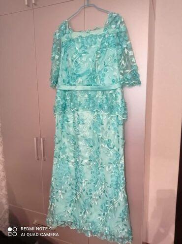 женское платье 56 размера в Кыргызстан: Вечернее платье берюзового цвета с бусинками. Одевала 1 раз. Сшили на