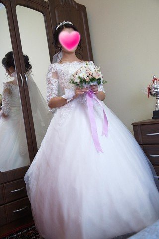 Продаю красивое кружевное свадебное в Бишкек