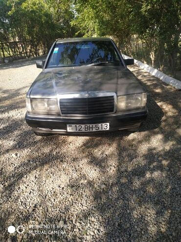 Mercedes-Benz 190 2.3 l. 1990 | 405807 km