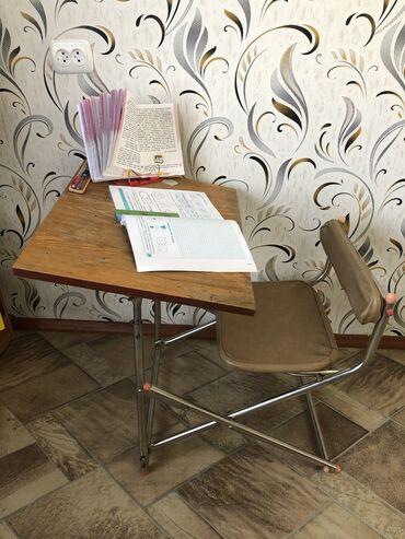Другая мебель - Кыргызстан: Парта складная (советская). 1-2 и возможно 3 класссостояние