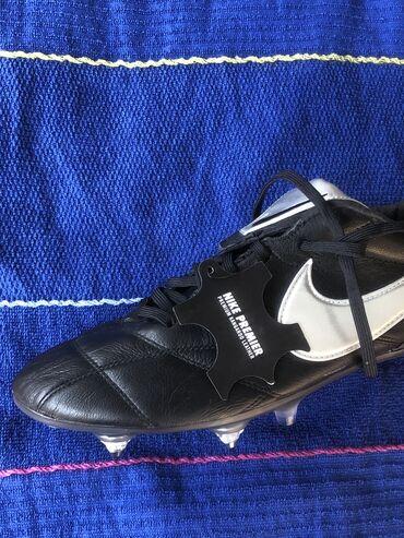 Новые Nike Tiempo бутсы Оригинал.43 размер. Для натурального газона с