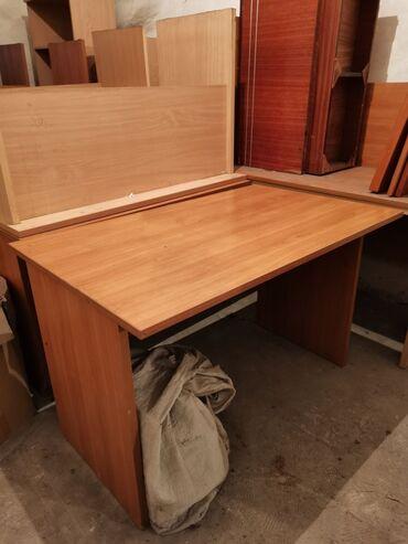 Продаю столы для дома и офиса. Отличное состояние! Двух цветов