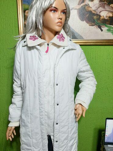 """""""Gin Tonik""""prelepa bela topla jakna vel 36,nova"""
