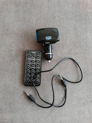 Auto oprema - Beograd: Radio Transmiter. Čita Micro SD, AUX, USB. Dolazi sa AUX kablom