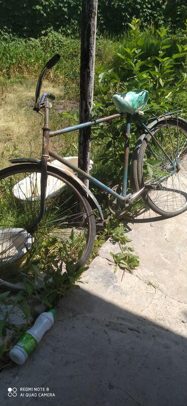 Спорт и хобби - Шевченко: Велосипед урал советскии, находится в районе Канта, Н.Серафимовка