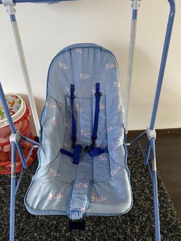Pantalone boja - Srbija: Ljuljaska za bebu .plave boje .izgleda kao novapar puta iskoriscena