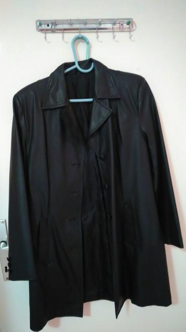 Skroz očuvano ko nov,malo nošen mantil od eko kožecrne boje XL - Subotica