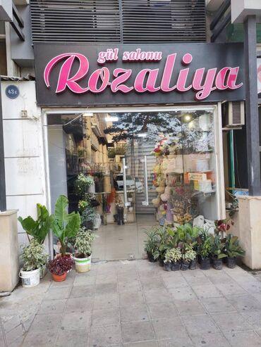 biznes satilir in Azərbaycan   KOMMERSIYA DAŞINMAZ ƏMLAKININ SATIŞI: Biznes satılır! Gül mağazası satılır hər bir şeyi yenidir. Mağaza işlə
