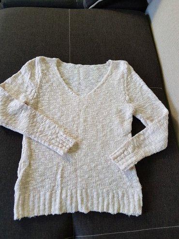 Нежный свитер,размер 42-44 в Лебединовка