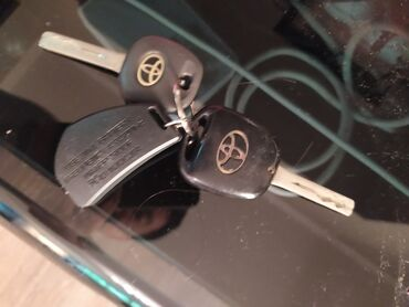 Продам ключи от Toyota harrier 2 поколения