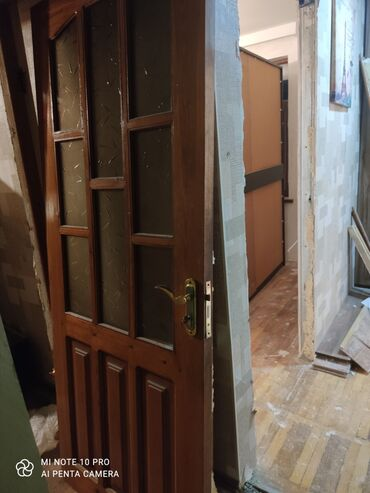 islenmis taxta satilir в Азербайджан: Двери | Дерево | Азербайджан | С замком