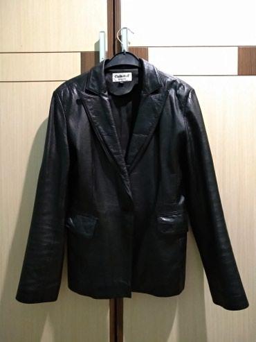женские пиджаки модные в Кыргызстан: Стильная женская кожаная куртка / пиджак модного мужского кроя