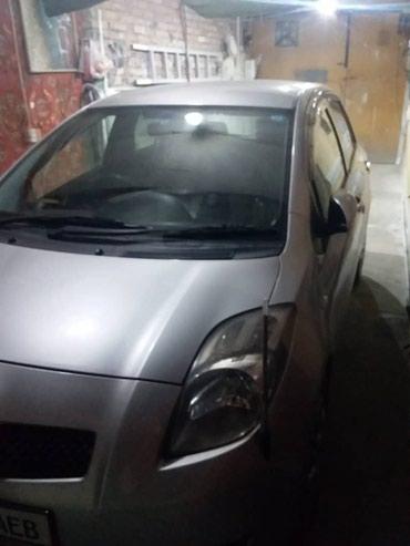Продаем отличную машину Toyota Vitz/Тойота в Бишкек