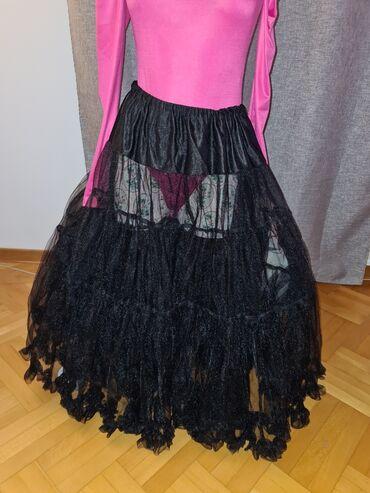 Suknja patrizia - Srbija: Suknja od tila, crne boje, velicine M - L. Nova.Moze se nositi na neki