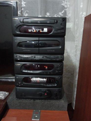 музыкальный-центр-goldstar в Кыргызстан: Продаю музыкальный центр Goldstar без калонок с касетами 30 штук и 4