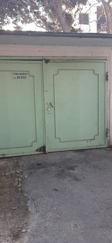 сдам гараж в Азербайджан: Гаражи