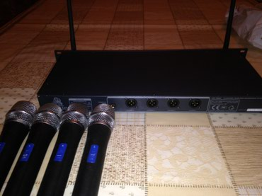 VocoPro UHF-5800  4-CHANNEL WIRELESS MICROPHONE SYSTEM.  в Бишкек