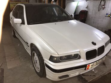 Автомобили - Лебединовка: BMW 3 series 1.8 л. 1993 | 777 км