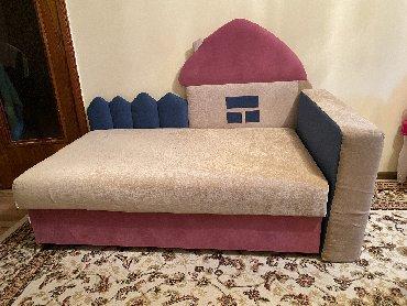 Продаётся новая детская кроватка. Широкое спальное место и удобный бел