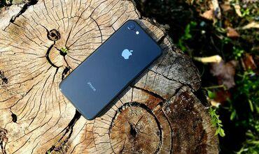Iphone 8.состояние идеальное память 64 гб. работает четко .батарея