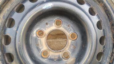 железные диски r15 в Кыргызстан: Железные диски R15 на Мерседес (124, 202) с колпаками ! Цена