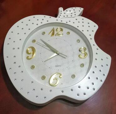 настенные полки - Azərbaycan: Часы настенные, б/у, 37 * 40 см, 8 azn