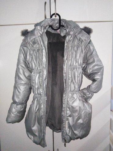 Dečije jakne i kaputi | Sevojno: Decija zimska jaknametalik Siva,uzr 10godinaCena 1000