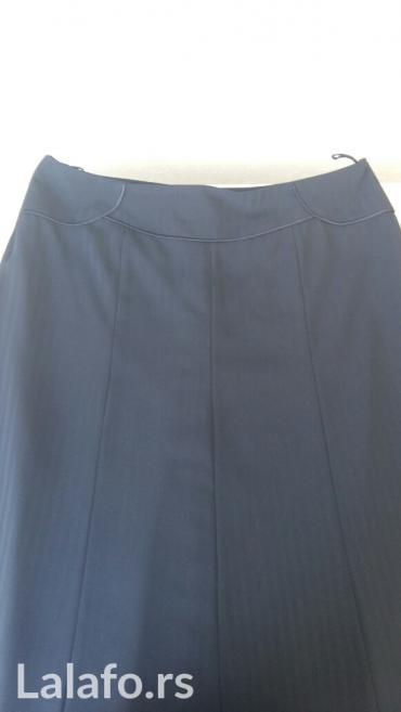 Suknja veličina 46 poliester, bez oštećenja teget boja
