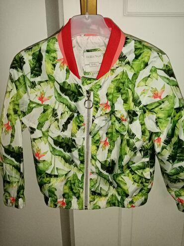Nova jaknica 4-5 iz inostranstva Prelepa suskava
