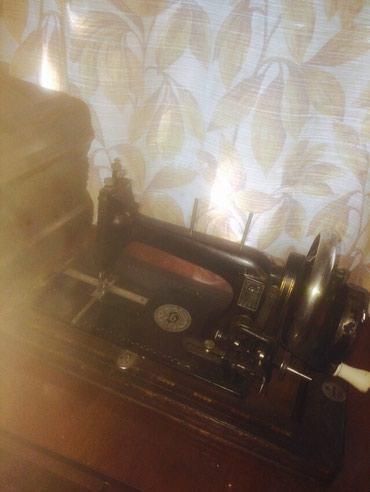 Ручная швейная машинка синкер немецкая. В рабочем состоянии. 1886 г. в Бишкек
