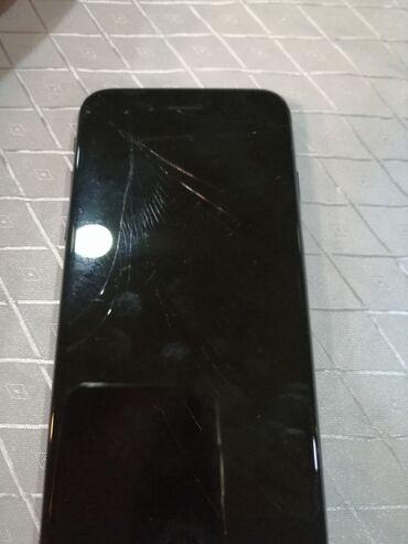 Электроника в Сабирабад: Salam telefonu dalında Qabağında cat var ama ekranı yaksi işləyir