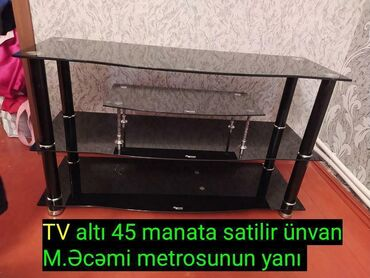 TV altı. Əla vəziyyətdə. 45 AZN. Ünvan Memar Əcəmi