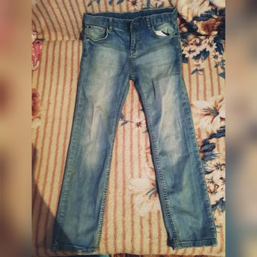 Новые джинсы,не раз не одевали,размер в Бишкек