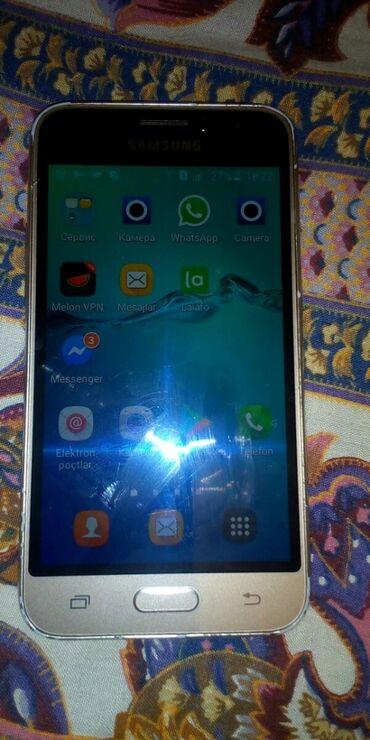 Samsung galaxy j1 - Азербайджан: Б/у Samsung Galaxy J1 2016 Серый